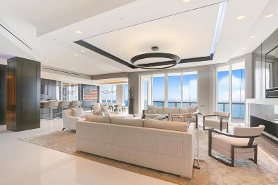 Singer Island Condo For Sale: 2700 Ocean Drive #Ph1a