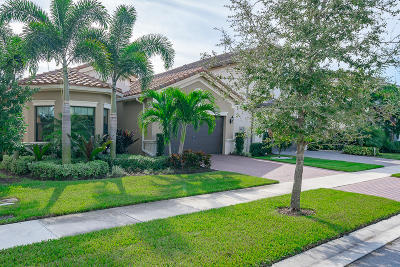 Delray Beach Single Family Home For Sale: 9518 Eden Roc Court