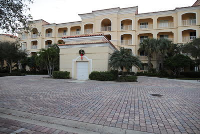 Fort Pierce Condo For Sale: 32 Harbour Isle Drive W #Ph4