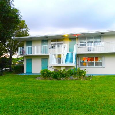 Boynton Beach Condo For Sale: 480 Horizons W #201
