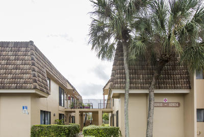 Coral Springs Condo For Sale: 10910 Royal Palm Boulevard #10910