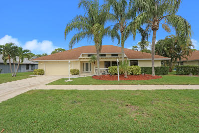 Tequesta Single Family Home For Sale: 7 Shady Lane