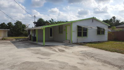 West Palm Beach Single Family Home For Sale: 882 Peeples Drive