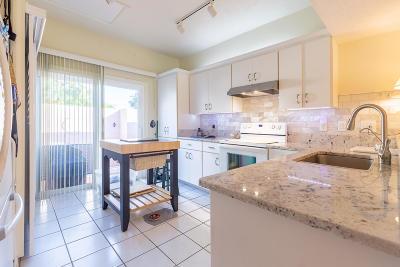 Single Family Home For Sale: 3320 SE Sandpiper Circle