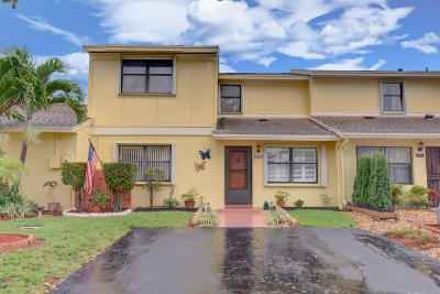 Delray Beach Townhouse For Sale: 16267 Fig Way