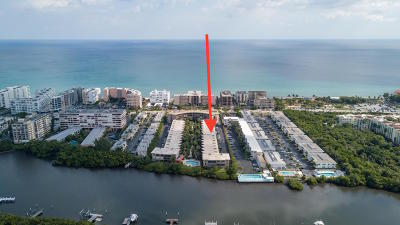 Palm Beach Condo For Sale: 3605 S Ocean Boulevard #122