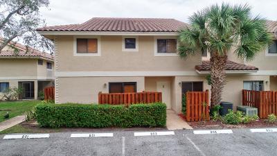 Boca Raton Townhouse For Sale: 7790 Lago Del Mar Drive #902