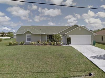 St Lucie County Single Family Home For Sale: 165 NW Hibiscus Street