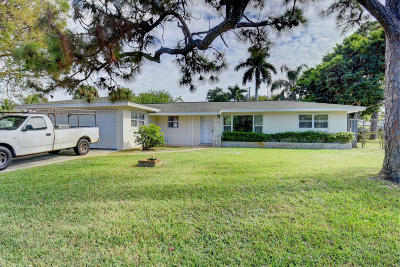 Boynton Beach Single Family Home For Sale: 2830 SW 9th Street