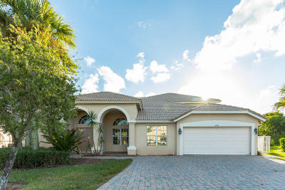 West Palm Beach Single Family Home For Auction: 6396 Crown Island Cove