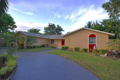 Delray Beach Single Family Home For Sale: 6535 Winding Brook Way