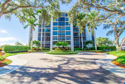 Boca Raton Condo For Sale: 7819 Lakeside Boulevard #875