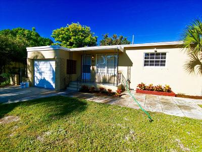 West Palm Beach Single Family Home For Sale: 933 43rd Street