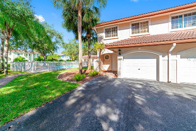 Coral Springs Townhouse For Sale: 8961 NW 38th Drive #21
