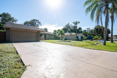 Port Saint Lucie Single Family Home For Auction: 2049 SW Tropical Terrace