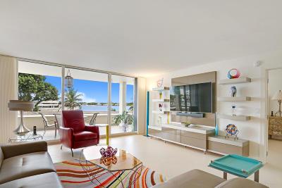 North Palm Beach Condo For Sale: 134 Lakeshore Drive #214