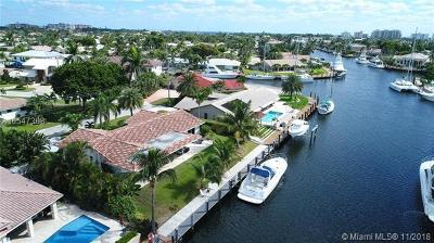 Lighthouse Point Single Family Home For Sale: 2410 NE 44th Court