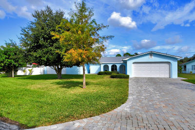 Palm City Single Family Home For Sale: 1253 SW Pelican Crescent