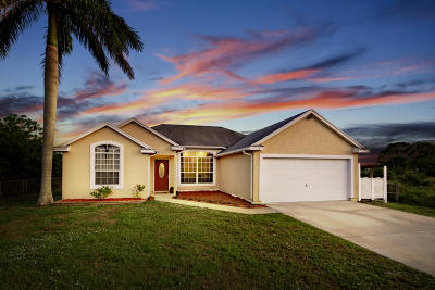 Port Saint Lucie Single Family Home For Sale: 718 SW Amber Terrace