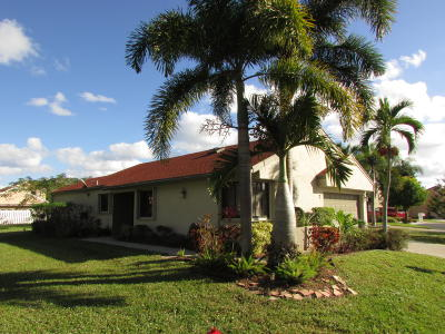 Boynton Beach Single Family Home For Sale: 2 Elton Place