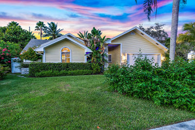Jupiter Single Family Home For Sale: 887 Summerwood Drive