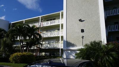 West Palm Beach Condo For Sale: 429 Southampton B #429