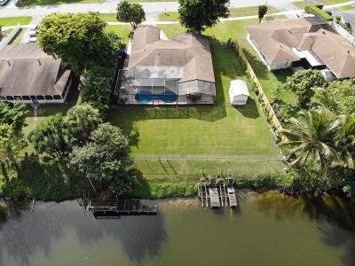 Royal Palm Beach Single Family Home For Sale: 939 Hibiscus Drive