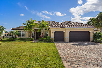 Jupiter Single Family Home For Sale: 135 Steeple Circle