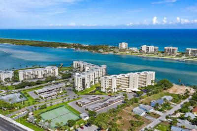 Tequesta Condo For Sale: 19800 SE Sandpointe Bay Drive #708