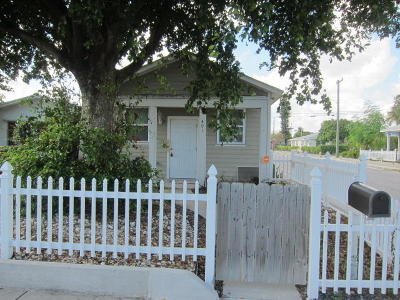 Lake Worth Single Family Home For Sale: 401 S E Street