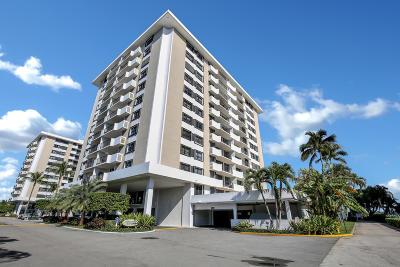 North Palm Beach Condo For Sale: 1200 Marine Way #909 Ph 1