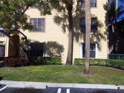 Boynton Beach Condo For Sale: 2305 Congress Avenue #18