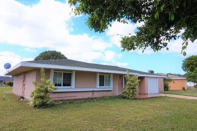 Port Saint Lucie Single Family Home For Sale: 638 SW Everett Court