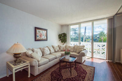 Palm Beach Condo For Sale: 2840 S Ocean Boulevard #205