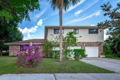 Boca Raton Single Family Home For Sale: 221 Country Club Boulevard