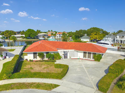 North Palm Beach Single Family Home For Sale: 643 Pilot Road