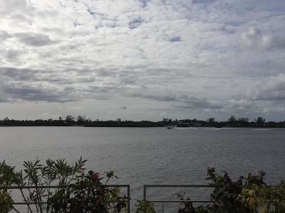 Palm Beach Condo For Sale: 2760 S Ocean Boulevard #105