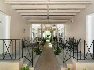Miami Beach Condo For Sale: 900 Meridian Avenue #206