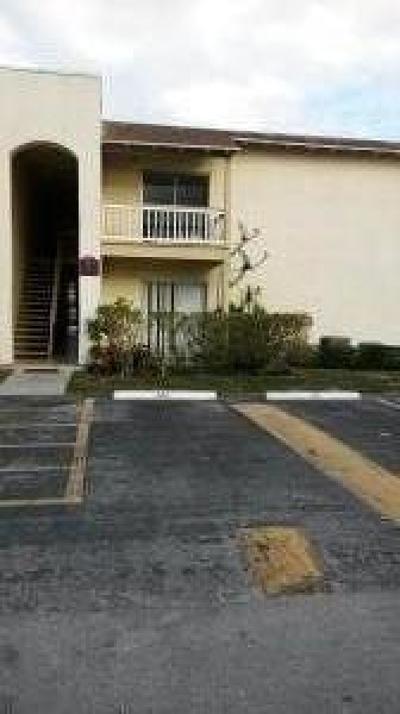 West Palm Beach Condo For Sale: 1500 Congress Avenue W #B11