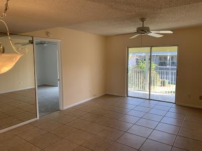 Jupiter FL Condo For Sale: $123,000