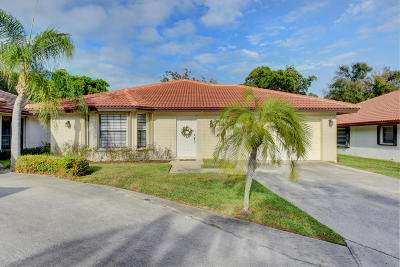 Boca Raton FL Single Family Home For Sale: $305,000