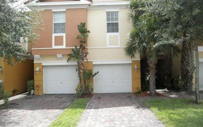 West Palm Beach Condo For Sale: 894 Pipers Cay Drive