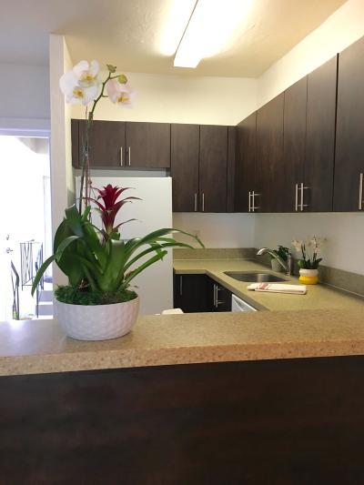 Miami Beach Condo For Sale: 900 Meridian Avenue #107