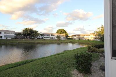 West Palm Beach Condo For Sale: 213 Northampton K