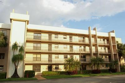 Lake Worth Condo For Sale: 4760 W Lucerne Lakes Boulevard W #108