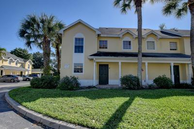 Boca Raton FL Townhouse For Sale: $229,000