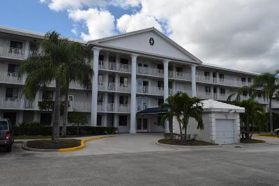 West Palm Beach Condo For Sale: 2811 Village Boulevard #302
