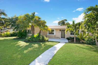 West Palm Beach Single Family Home For Sale: 352 Linda Lane