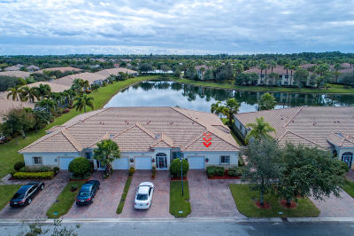 West Palm Beach Single Family Home For Sale: 2362 Harbour View Court