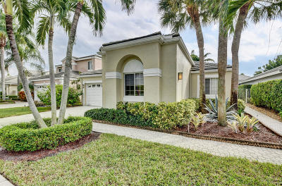 Boca Raton Single Family Home For Sale: 7961 Travelers Tree Drive
